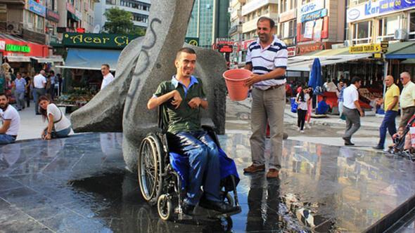 Engelsiz adamdan ALS hastalarına destek