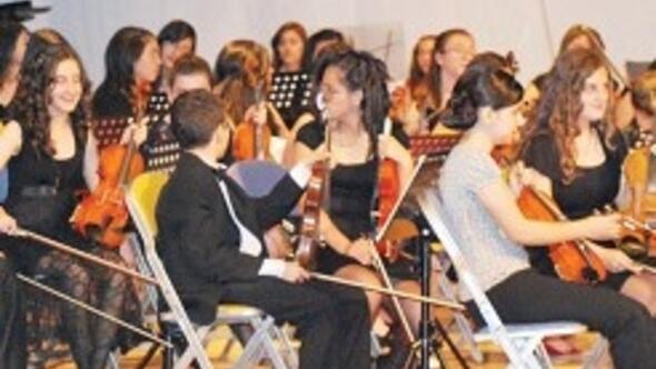 cocuk senfoniden yeni yil konseri