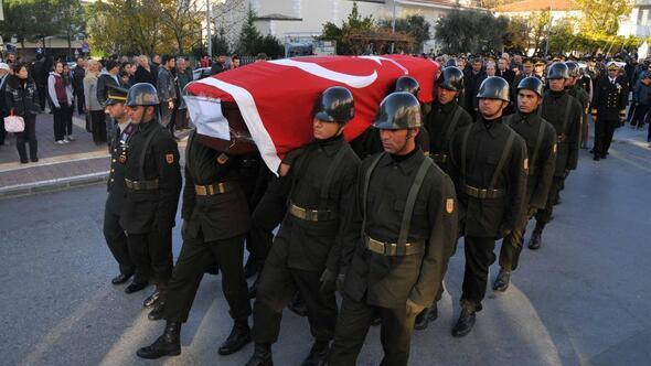 Emekli MİT Müsteşarı Ündül, son yolculuğuna uğurlandı