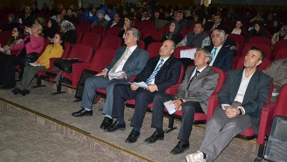 Kayseri'de 'Kanser Kaderimiz Olmayacak' Konferansı