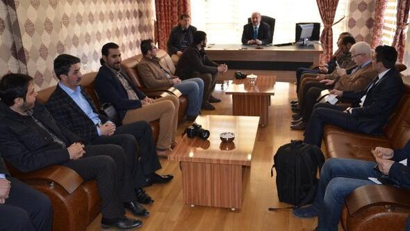 AK Parti Muş İl Başkanlığı Basınla Tanışma Yemekt Düzenledi