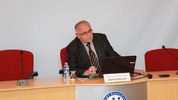 Bayburt Üniversitesinde Bayburt Turizminin Gelişememesinin Nedenleri Konferansı
