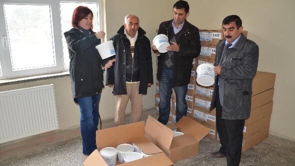 Köylerin İçme Suyu Depolarına Klor Tablet