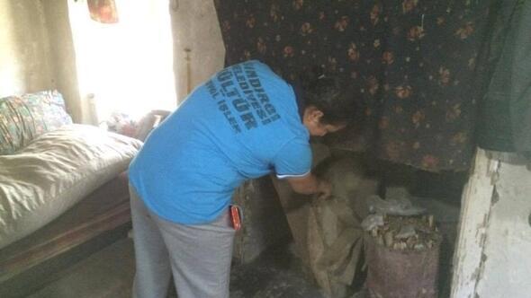 Sındırgı'da Evde Temizlik Hizmeti Devam Ediyor