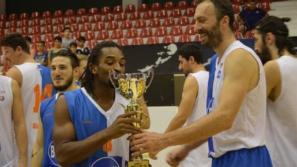 Aliağa Cup Basketbol Turnuvasının Birincisi Best Balıkesir Oldu