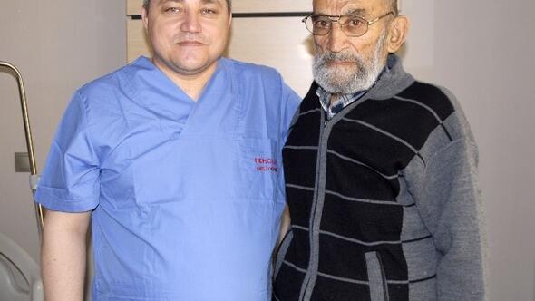 Önce Kalp Pili Durduruldu Sonra Mesane Tümörü Alındı