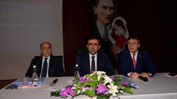 Vali Güzeloğlu, Çayırova'da Toplantıya Katıldı