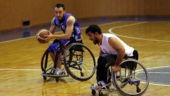 Gaziantep Büyükşehir Belediyespor Tekerlekli Sandalye Takımı, Engelleri Farklı Aşıyor
