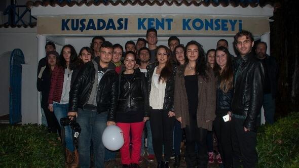 Kuşadası Gençlik Meclisi'nden AIDS Haftası Etkinlikleri