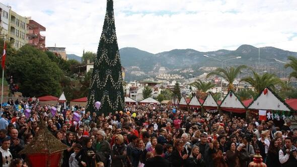 Noel Coşkusu Alanya'da Başlıyor