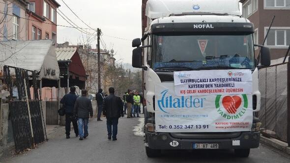 Bayırbucak Türkmenlerine 1 Tır Dolusu Yardım Gönderildi