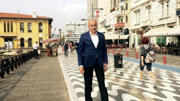 Aksünger: Türkiyeyi 10 müteahhide peşkeş çektiler