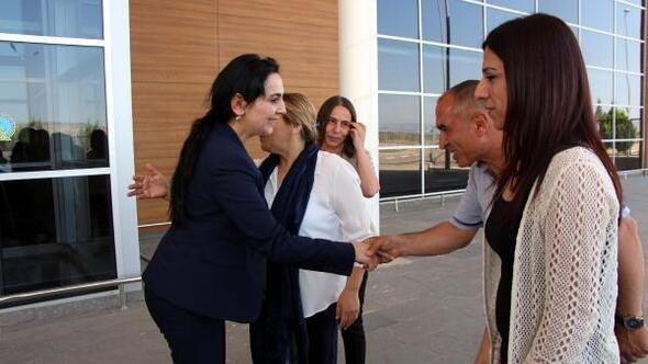 HDP Eş Genel Başkanı Yüksekdağ: Kaçmadım, buradayım