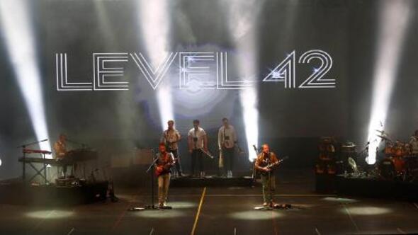 Level 42, Expoda nostalji yaşattı