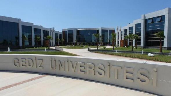 Kapatılanların yerine İzmire iki yeni devlet üniversitesi