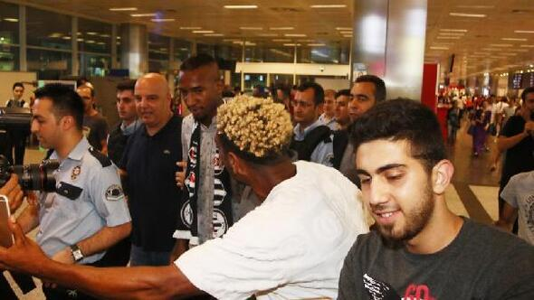 Anderson Talisca İstanbula geldi (FOTOĞRAFLAR)