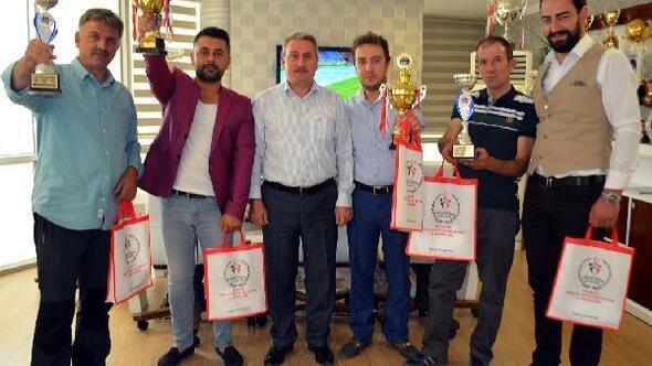 Karadenizden Erzuruma ikincilik kupası getirdiler