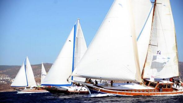 Bodrumda yelken yarışları heyecanı başladı (2)