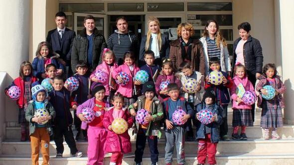 İlkokul ve anasınıfı öğrencilerine eğitim