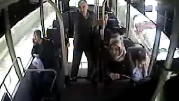 Otobüs şoförü kalp krizi geçiren yolcusunu hastaneye yetiştirdi