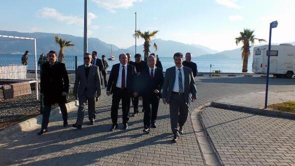 Darbe Komisyonu Başkanı Petek: O gün Cumhurbaşkanımızın ilk çağrısını duyuran Doğan Medyaya teşekkür ederim