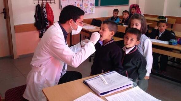 Erdemli'de 6 bin öğrenciye diş taraması