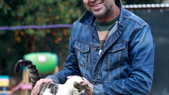 Mandıra Filozofudan etkilendi, kedi köyü kurdu