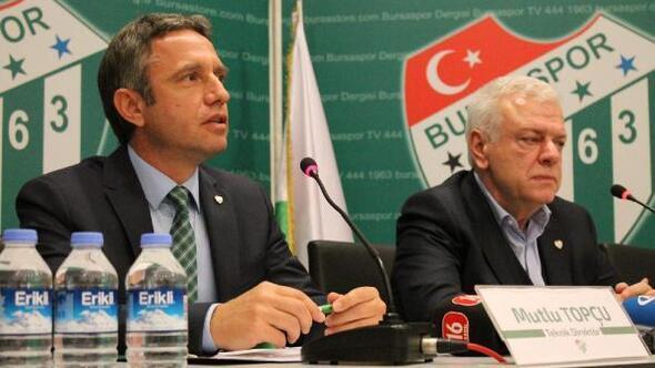 Bursasporda Mutlu Topçu imzaladı