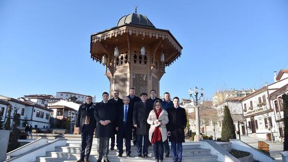 Bosnalı BakanHamamönü'nde