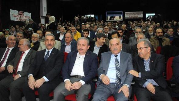 Mustafa Şentop: Bu değişiklik, anayasanın ruhuna temas eden, bir değişiklik