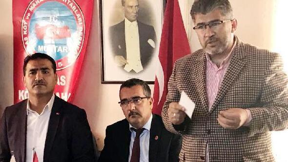 AK Partili vekil muhtarlarla buluştu