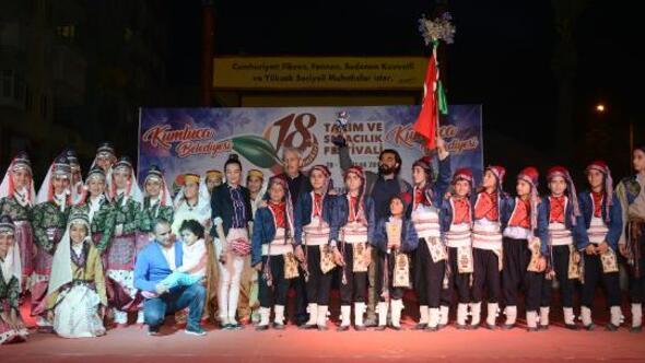 Kumlucada halk oyunları yarışması