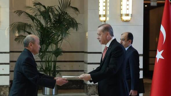 Cumhurbaşkanı Erdoğana Moğolistan Büyükelçisinden güven mektubu