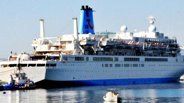Bodruma sezonun ilk gemisi geldi