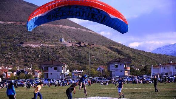 Kayseride Türkiye Yamaç Paraşütü 1inci etap yarışı tamamlandı