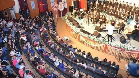 Zeytindalı Korosundan ilk konser