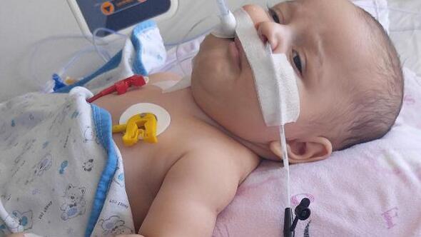 SMA hastası 5 aylık Egehanın, ailesinin ilaç umudu