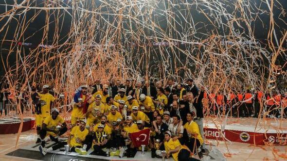 Aziz Yıldırım: Euroleague kupası Türk spor tarihinde kulüpler bazında elde edilen en büyük başarıdır