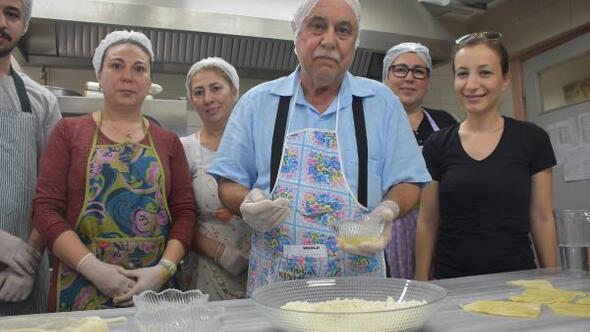 Eşini kaybetti, 75 yaşında yemek kursuna gidip yaşama tutundu