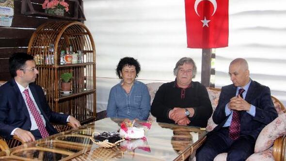 Şehit Korhan Kuruçayın ailesine ziyaret