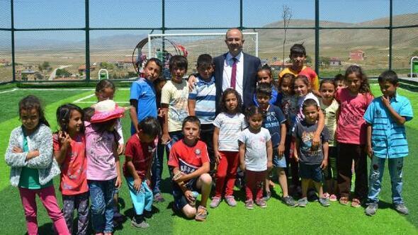 Bünyanda spor ve çocuk oyun alanı açıldı