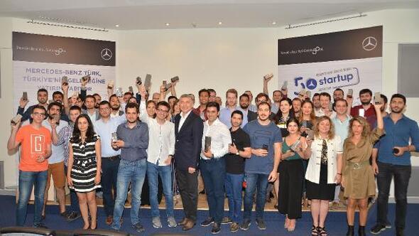 Mercedes-Benz Türk 50 yılında 50 startup'a 500 bin lira destek verdi