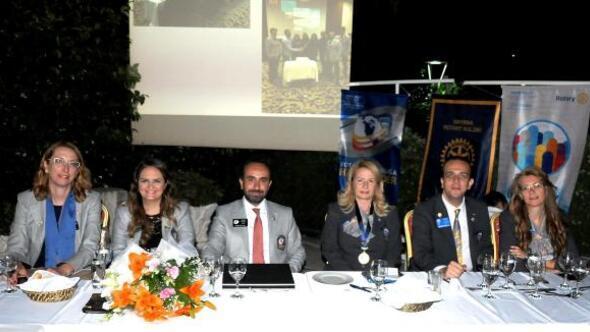 Rotarye kadın başkan