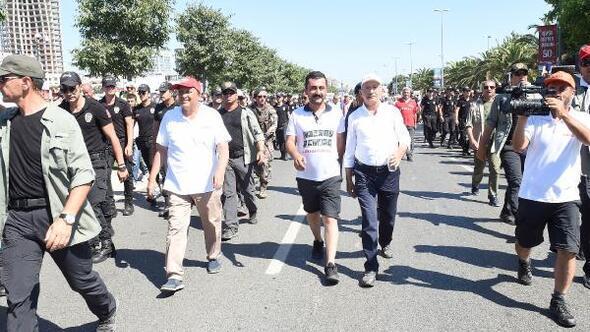 ek fotoğraflar // 'Adalet Yürüyüşü' sona erdi