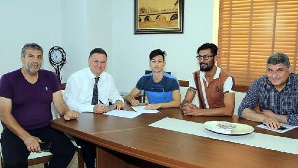 Hatayspor Sergen Öztürk ile sözleşme imzaladı