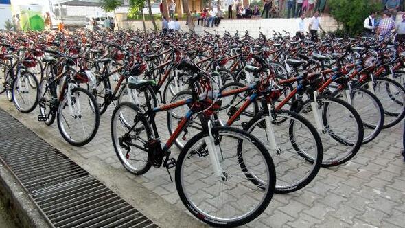 TEOG başarısına bisiklet hediyesi