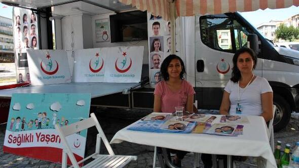 Lüleburgaz Toplum Sağlığı Merkezi, halkı bilgilendirmek için stant açtı