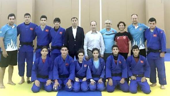 Judo da Ümit Milliler Dünya Şampiyonası için Şiliye gitti