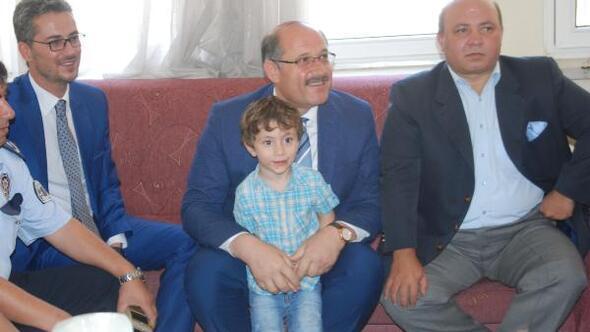 Karapınarda tehlikeli gerginliğin ardından Suriyelilere bayram ziyareti