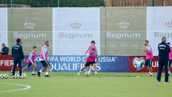 A Milli Futbol Takımında İzlanda hazırlığı